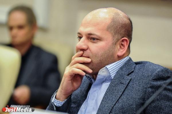 Илья Гаффнер предложил депутату Ивачеву пожить недельку в Белоярке