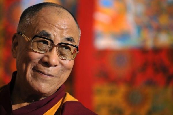 Далай-лама заявил о желании поехать в США