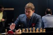 Бывший игрок екатеринбургского шахматного клуба Сергей Карякин уступил в десятой партии за шахматную корону