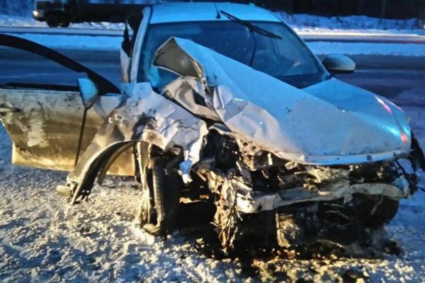Под Екатеринбургом водитель Nissan, сэкономивший на зимней резине, погубил двух человек. ФОТО