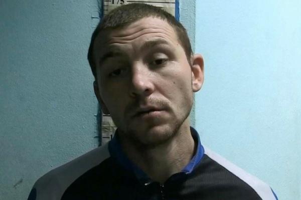 В Екатеринбурге наркоман, угрожая ножом, грабил в подъездах женщин