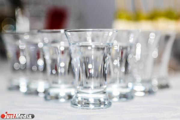 ВСвердловской области ФСБ пресекла работу завода исклада с преступным спиртом