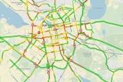 Утренний час пик кончился, а Екатеринбург продолжает стоять. В столице Среднего Урала – множество ДТП