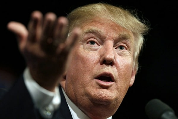 Сторонника Трампа уволили из-за распространения слухов о Клинтон