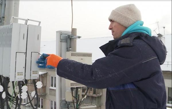 Связисты поднялись на 1000 крыш и улучшили качество сети