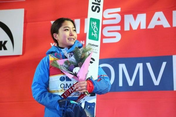 Без сенсаций. Японка Сара Таканаши победила на этапе Кубка мира по прыжкам с трамплина в Нижнем Тагиле
