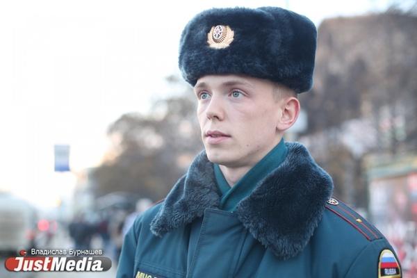 В Екатеринбурге похолодает до -30. Курсант Артур Шубин: «Лета, конечно, хочется, но и зима тоже хорошо». ФОТО