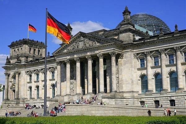 Террорист протаранил толпу людей в Берлине