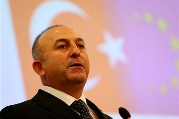 Глава МИД Турции отменил визит на Украину