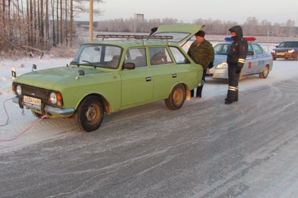 На время морозов свердловские полицейские переквалифицировались в спасателей