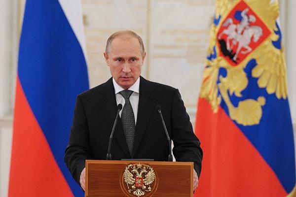 Путин одобрил закон о федеральном бюджете на три года