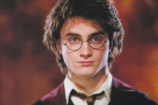 Автор «Гарри Поттера» собирается разместить два новых романа