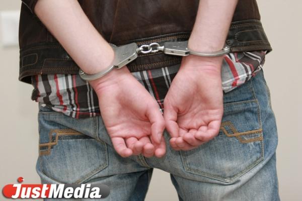 Полицейские Екатеринбурга задержали поджигателя автомобиля