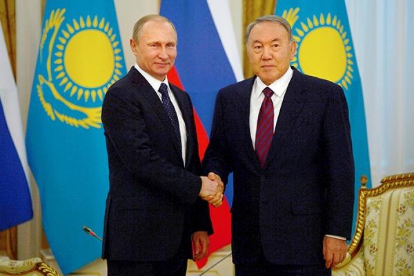 Путин обсудил с Назарбаевым подготовку к переговорам по Сирии в Астане