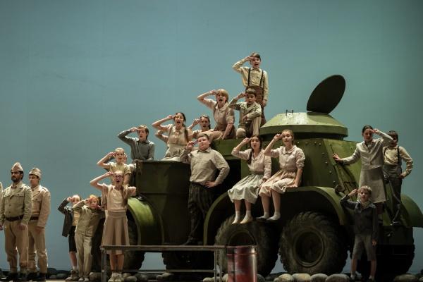 Детский хор Екатеринбургского театра оперы ибалета споет вмосковском метро