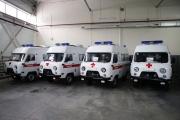 Евгений Куйвашев передал свердловских медучреждениям еще 14 машин скорой помощи