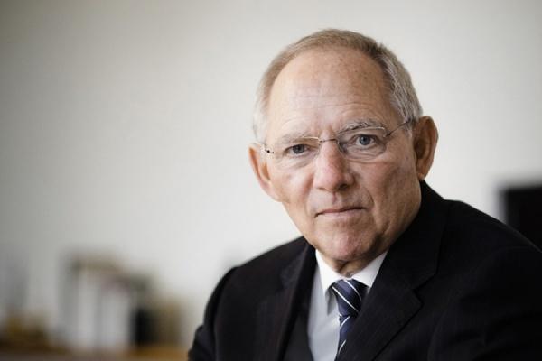 Глава минфина ФРГ признал ошибкой массовый прием беженцев