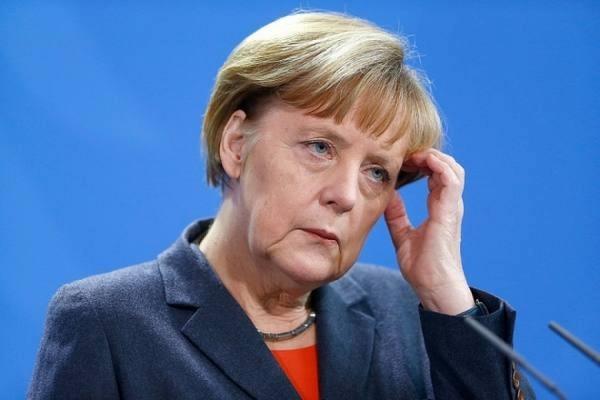 Меркель иТрамп обсудят потелефону отношения сРоссией иУкраиной