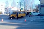 В Лесном один из участников ДТП вылетеле на тротуар и сбил 12-летнего школьника