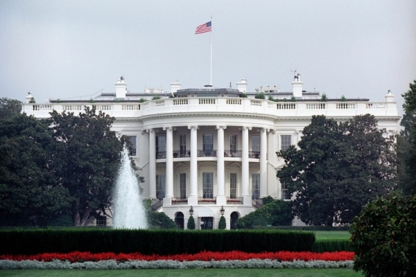 Белый дом отказался посылать представителей на программы CNN