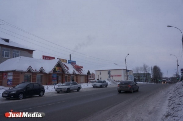 «Ни на работу попасть, ни в больницу». Жители Белоярки остались без транспорта