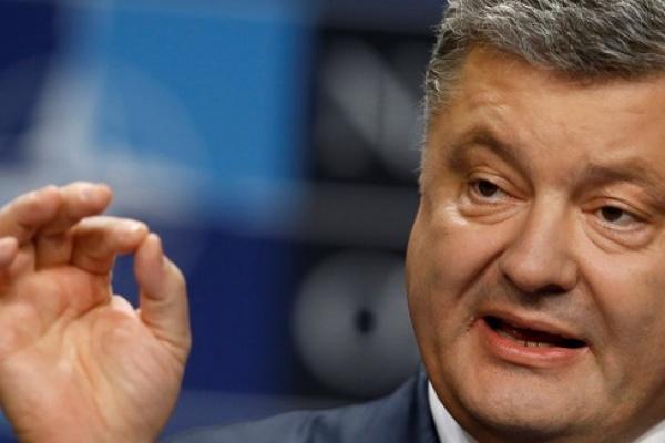 Порошенко объявил онамерении провести референдум овступлении Украины вНАТО