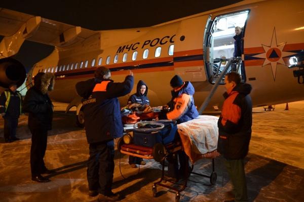 Спецбортом МЧС из Москвы в Екатеринбург был доставлен тяжелобольной ребенок. ФОТО