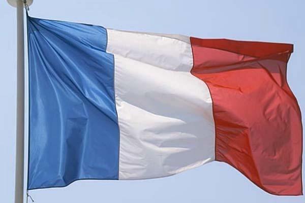 В столичном регионе Франции прогремел мощный взрыв