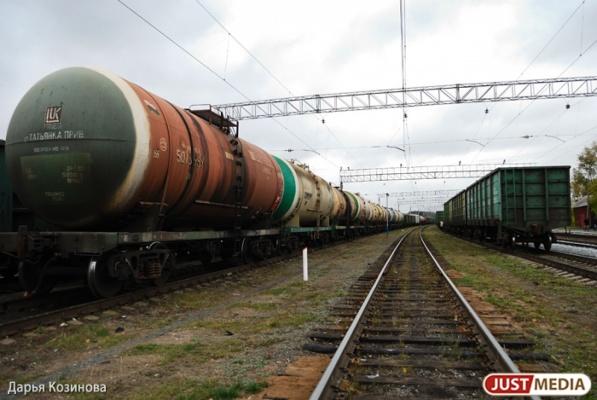 Житель Челябинска убил своего сына и забросил труп младенца в грузовой поезд одного из свердловских заводов