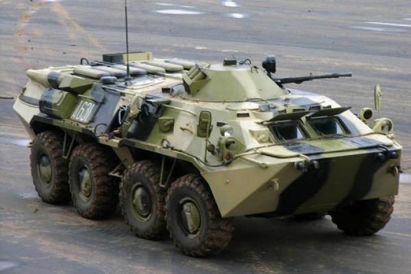 В ГИБДД Москвы опровергли информацию о ДТП с бронетранспортером на МКАД