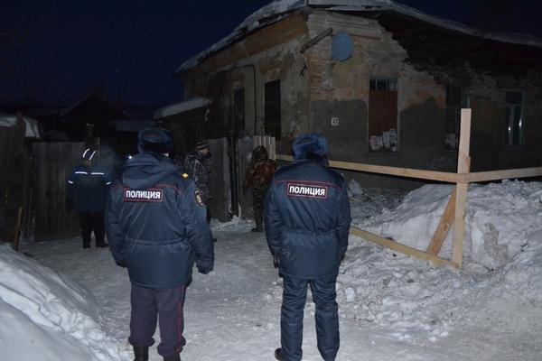 В Ирбите еще в одном старинном особняке обрушился потолок и часть стены