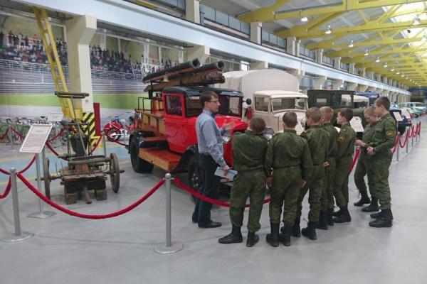 Музей автомобильной техники УГМК стал образовательной площадкой