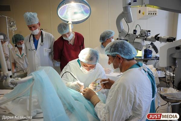 В ОДКБ№1 урологи провели уникальную операцию по удалению опухоли шестилетнему мальчику