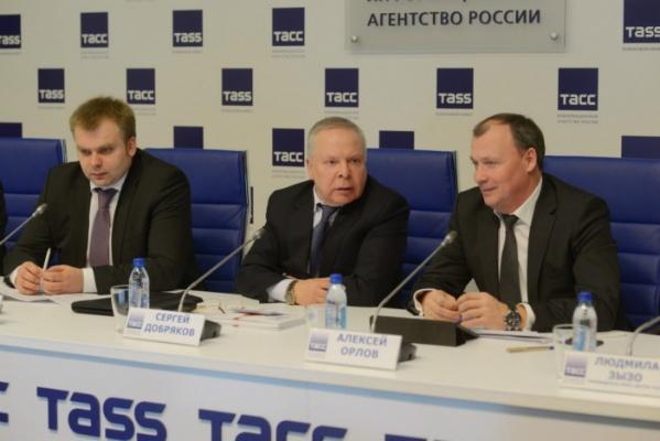 Власти Свердловской области, ГИБДД и общественники объединили усилия против «сложностей перехода»