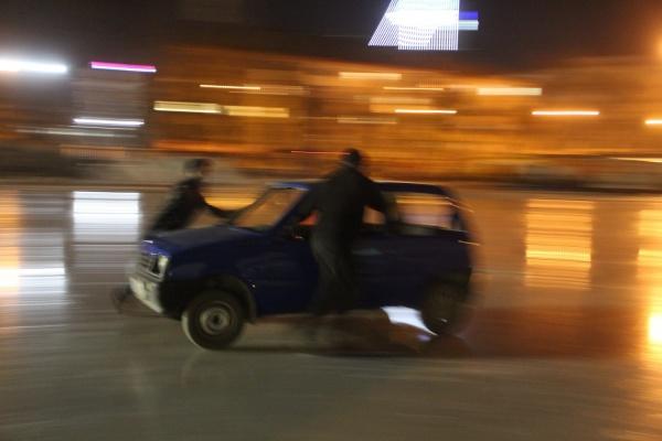В Екатеринбурге испытали инвентарь для автокерлинга ВИДЕО