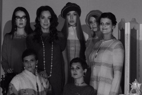 Дизайнер Маша Варламова представила свою новую коллекцию «8 женщин» мини-спектаклем