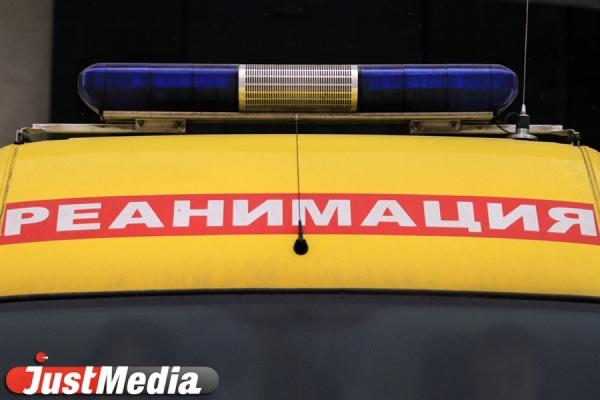НаСреднем Урале «Киа» врезалась вбетонную опору— умер 6-летний ребенок
