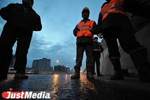 Идеальных дорог пока не будет. В Екатеринбурге отремонтируют менее трети необходимых объектов улично-дорожной сети