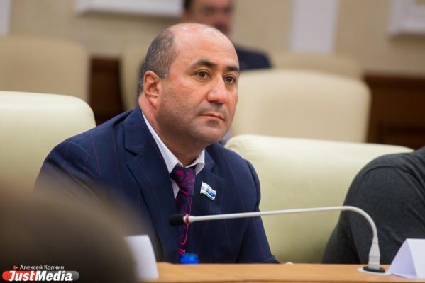 Армен Карапетян выступит перед Заксобранием— Симметричный ответ