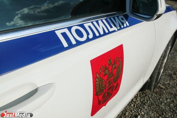 В Красноуфимске полицейские спасли из горящей машины уснувшего водителя