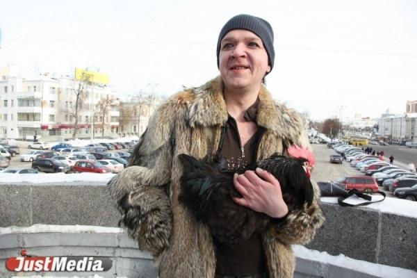 Антон Симаков написал картину Аллы Пугачевой, которая заявила, что у него плохо с потенцией