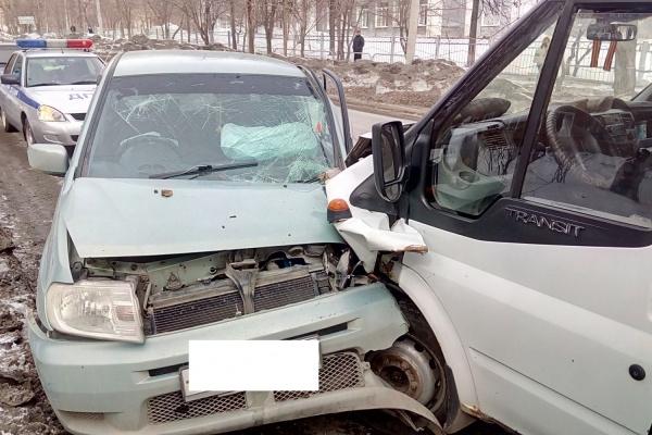 Уснувший шофёр маршрутки устроил ДТП вРевде Сегодня в18:33