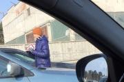 Из-за новых штрафов ГИБДД в Екатеринбурге появились необычные бизнесмены. ФОТО