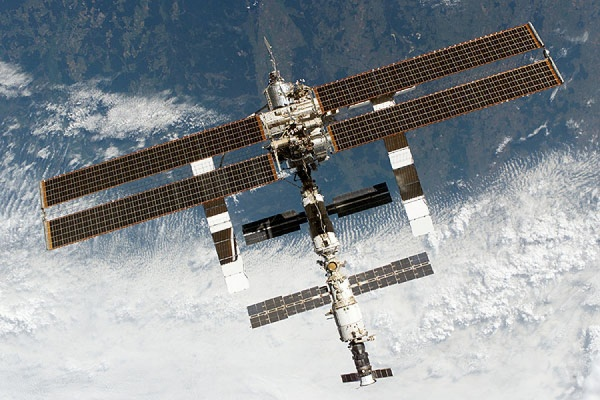 Космический корабль «Союз» с российско-американским экипажем отправился к МКС