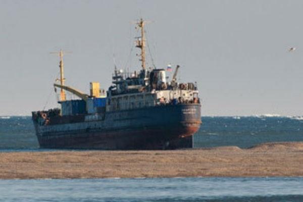 На месте крушения сухогруза в Черном море возобновились поиски