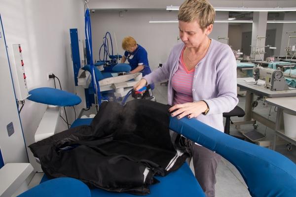 В Екатеринбурге открылась первая в стране инновационная швейная фабрика по производству спортивной одежды