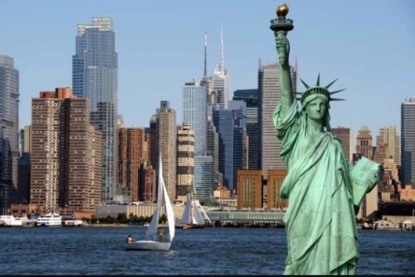 Мужчина совершивший наезд на людей в Нью-Йорке'слышал голоса