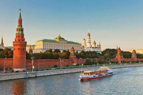 В российской столице проходит шествие против застройки