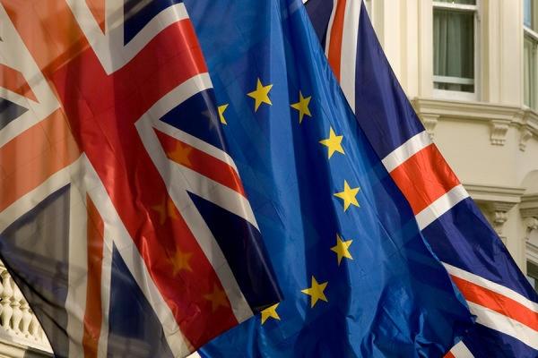 Великобритания начинает официальные переговоры поБрекситу