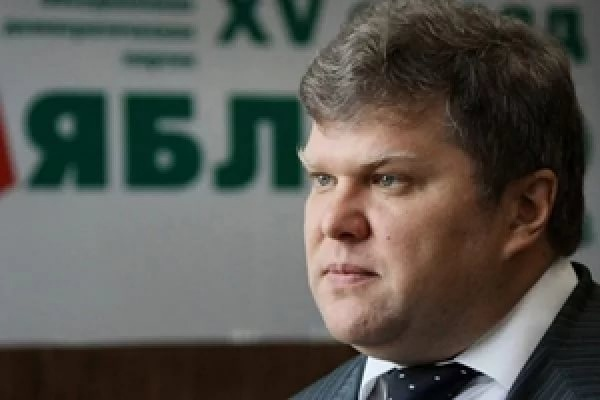 В столицеРФ уздания Совфеда задержали Сергея Митрохина за единый пикет
